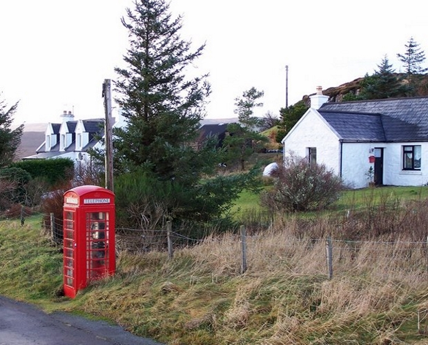 Phones boxes adapted to provide 4G coverage
