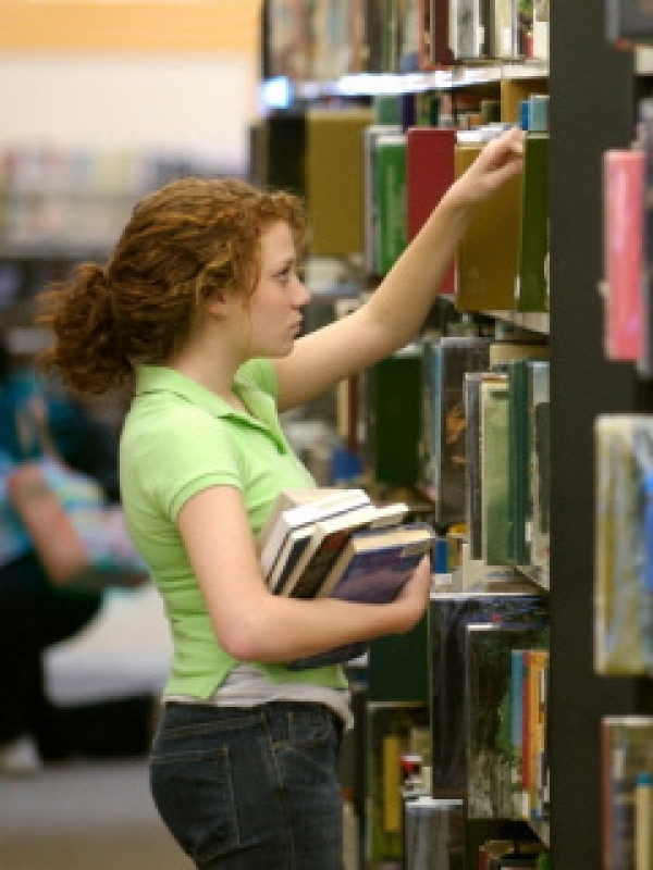 Residents help decide library services